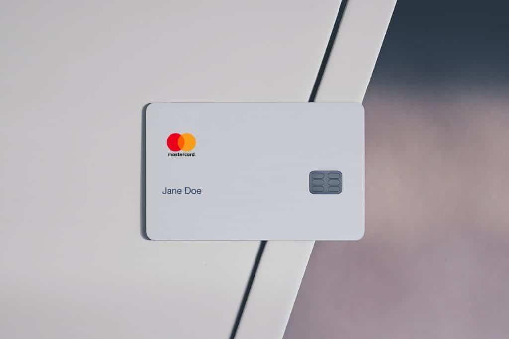 Tarjeta bancaria para pagos online